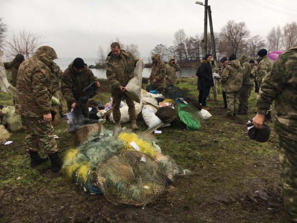 Дніпропетровський рибоохоронний патруль знищив майже 8 км сіток